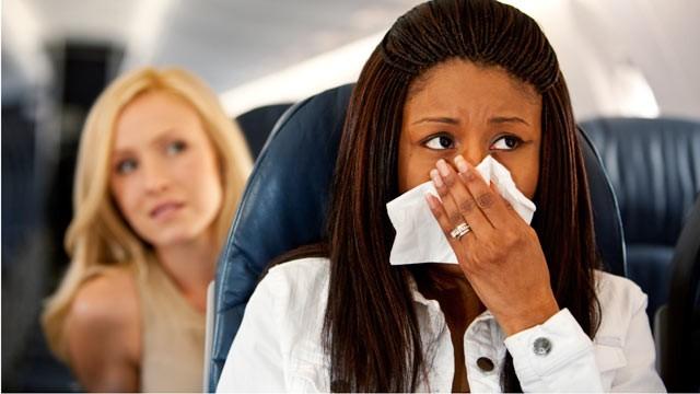 Aprende a evitar mareos en el avion