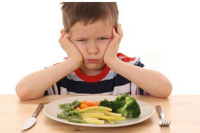 Comer comida niño
