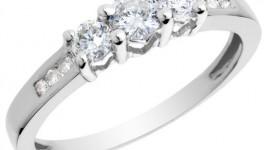 Porque se usan los anillos de compromiso
