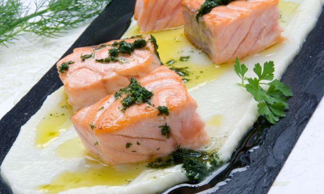 salmon Salsa Bearnesa