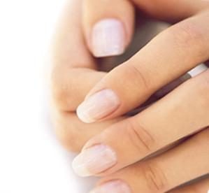 Cómo conseguir que mis uñas sean más fuertes