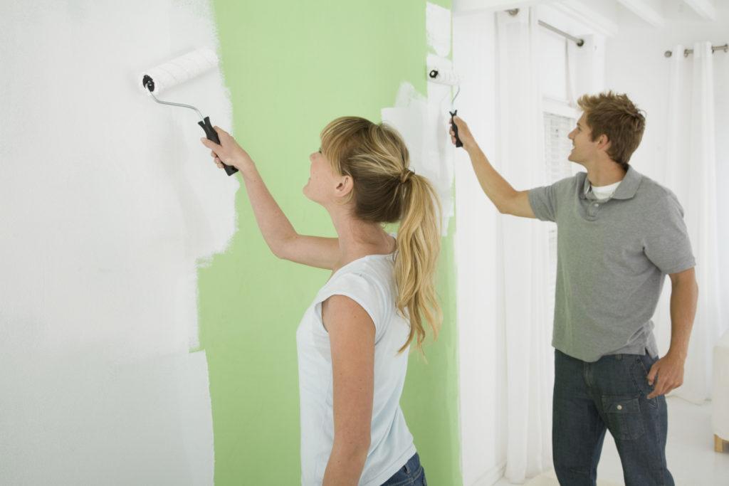 C mo pintar las paredes interiores - Pintar paredes blancas ...