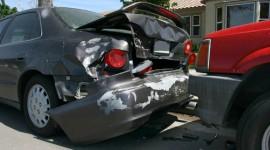 Aprende a actuar en caso de choque vehicular