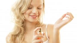 Aprende a aplicarte perfume correctamente